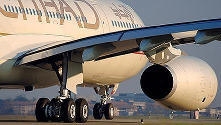 Etihad köper Air Berlins andel i Nik .