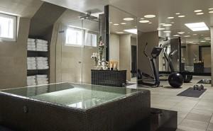 Badrummet med eget gym. Foto: Magnus Mårding.