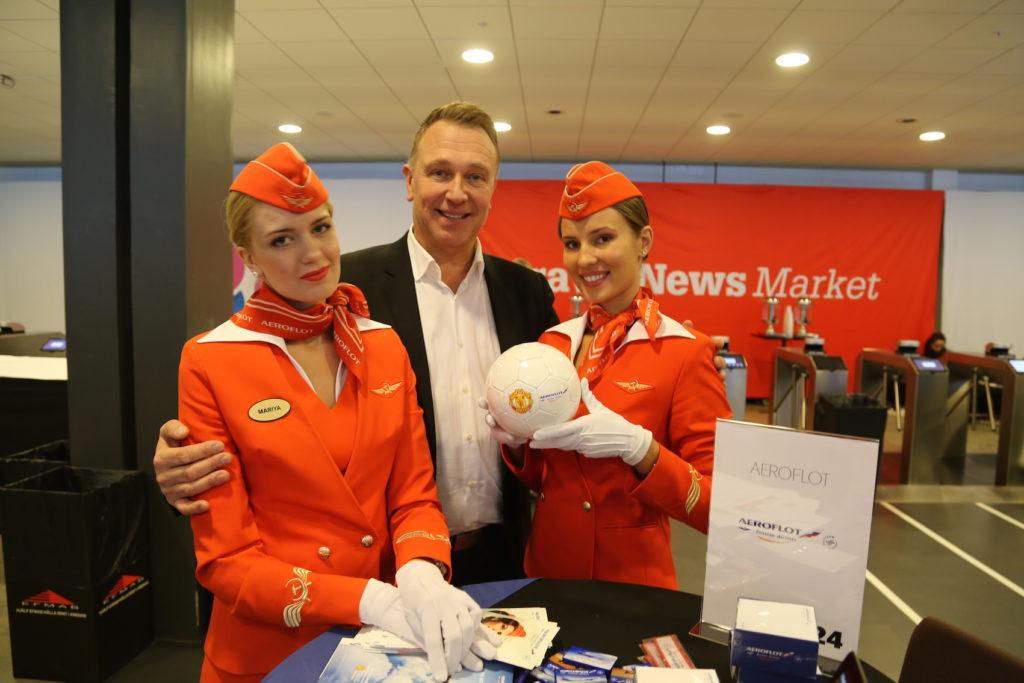 Mariya, Johan Magnus Eriksson och Valentina från Aeroflot