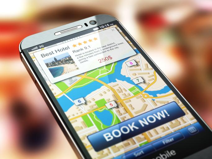 Smartmobilen används allt mer inför och under resan. Foto: Istockphoto